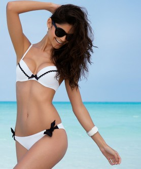 -50% COLLECTION ANTIGEL DE LISE CHARMEL LA SPORTY RETRO PIQUE BLANC